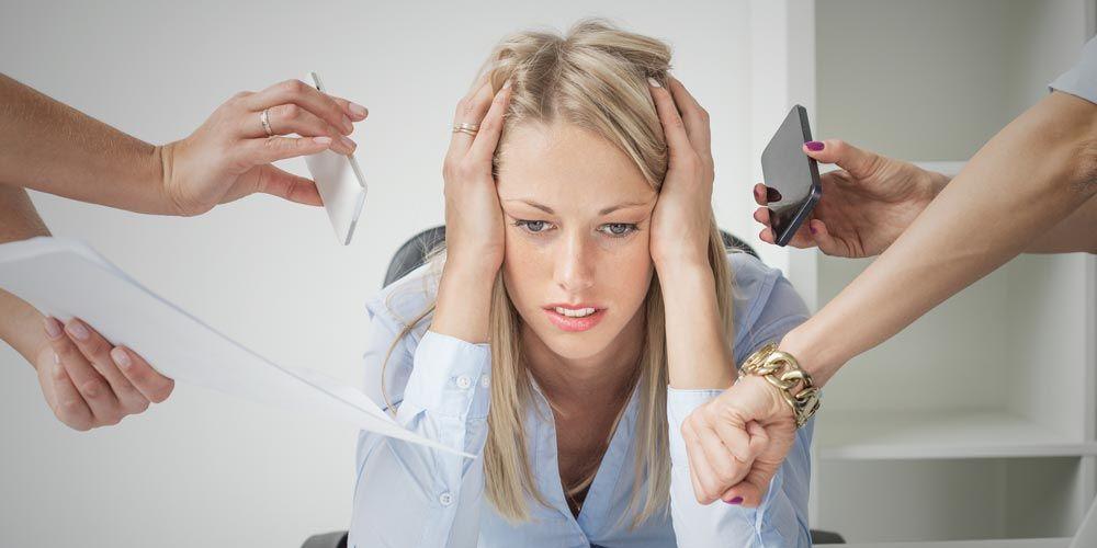 Κατάθλιψη: Ορισμός, συμπτώματα και αίτια