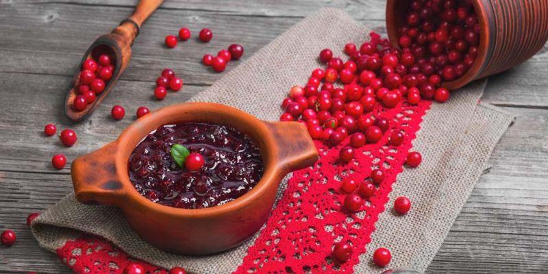 lingonberries-i-kokkina-myrtilla-diatrofiki-aksia